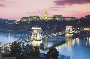 Коледно настроение в сърцето на Дунава! Будапеща!